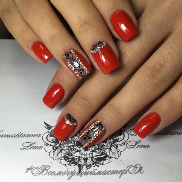 Red Nail Art: Gorgeous Winter Red Nail Art Designs