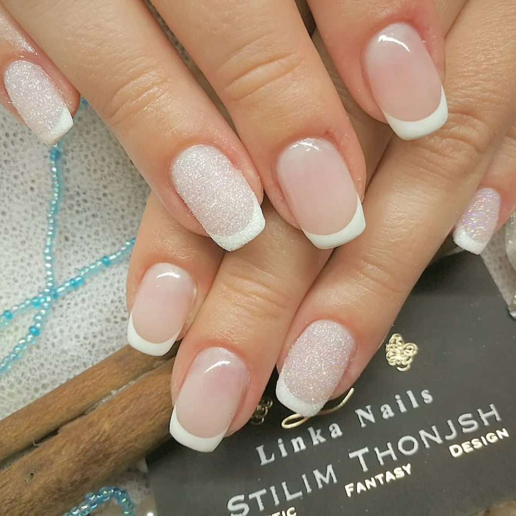 9 Stunning Modern French Manicure Ideas | Stylish Belles