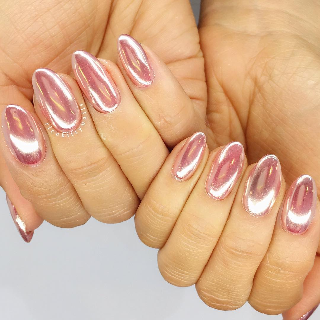 Cute Chrome Acrylic Nails In Rose Gold Pigment