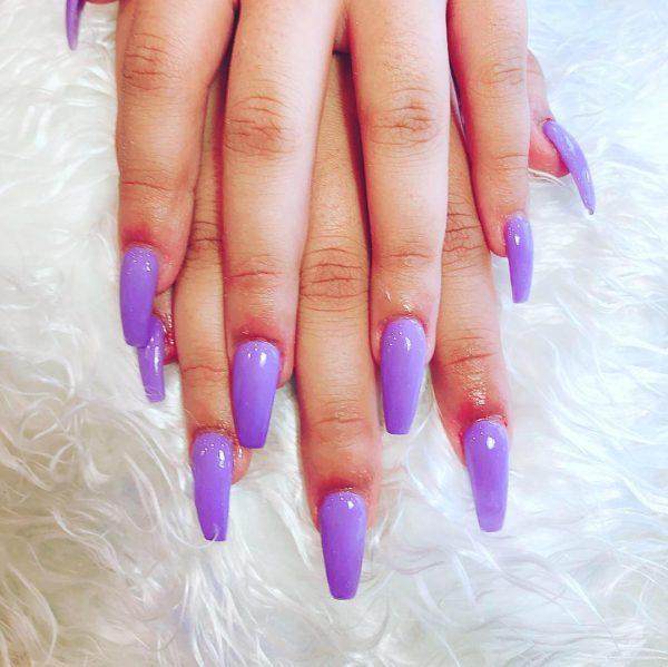 Amazing purple coffin nails!