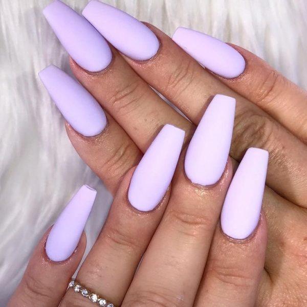 Amazing light purple coffin nails!