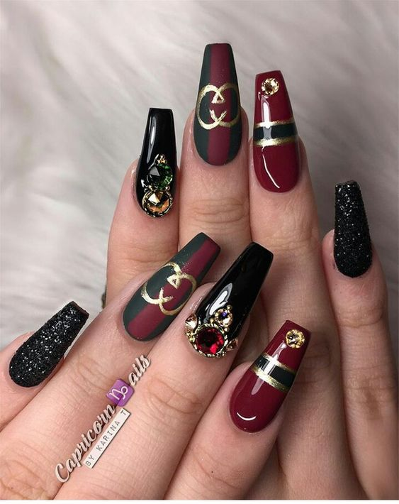 Elegant Gucci coffin nails