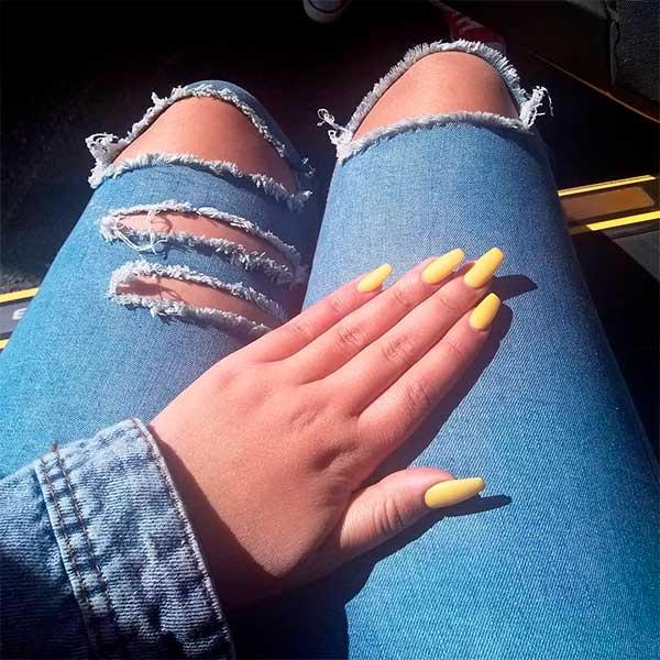 Elegant yellow matte coffin nails