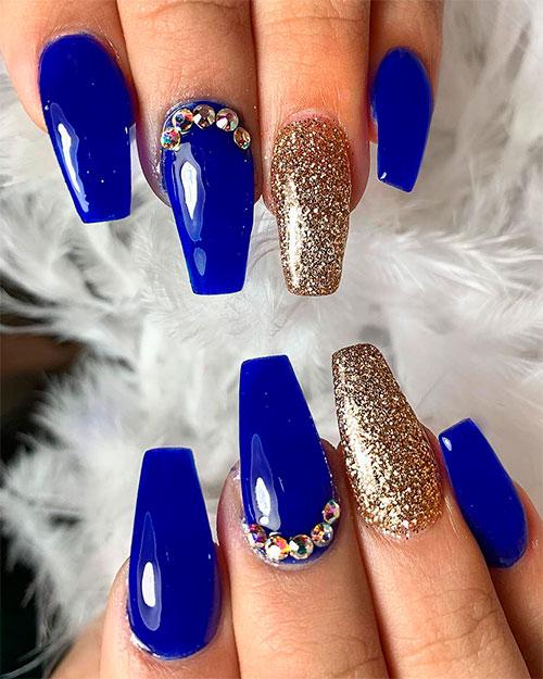 Gorgeous royal blue coffin nails design