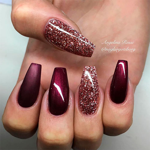 Matte & shiny burgundy coffin nails with glitter nails!