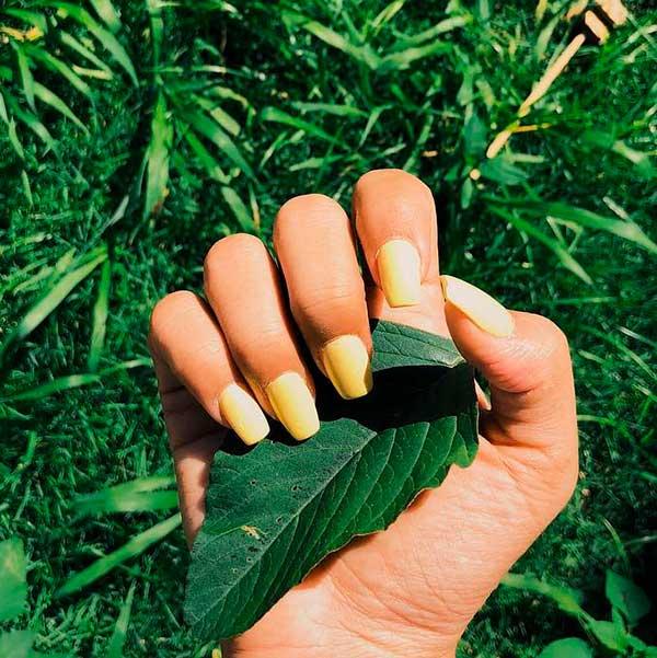 Wonderful yellow matte coffin nails