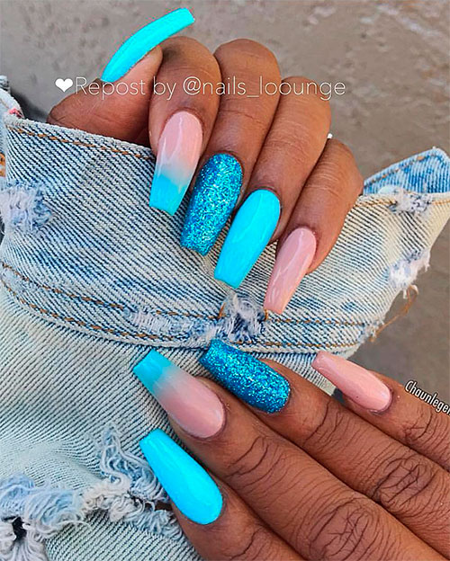 Cutelight blue coffin nails with glitter design