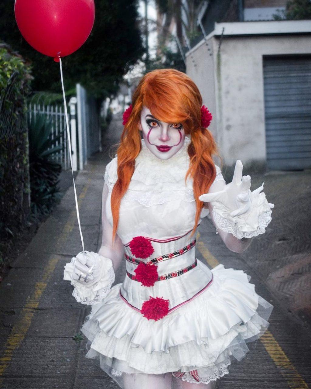 Amazing Halloween Pennywise Makeup Look!