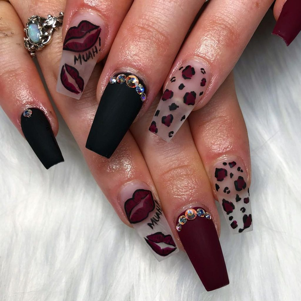 Stylish Maroon Nail Design for Fall with Accent black Matte Nail - The Best Nail Trends For Cute Fall Manicure Stylish Belles
