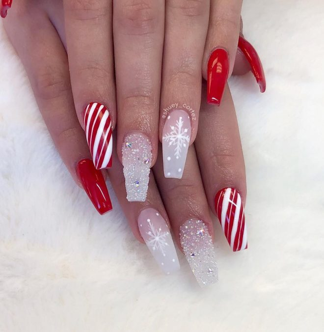 Red Xmas Acrylic Nails: The Cutest And Festive Christmas Nail Designs For Celebration