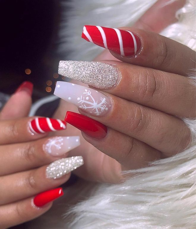 Christmas Nails With Glitter: The Cutest And Festive Christmas Nail Designs For Celebration