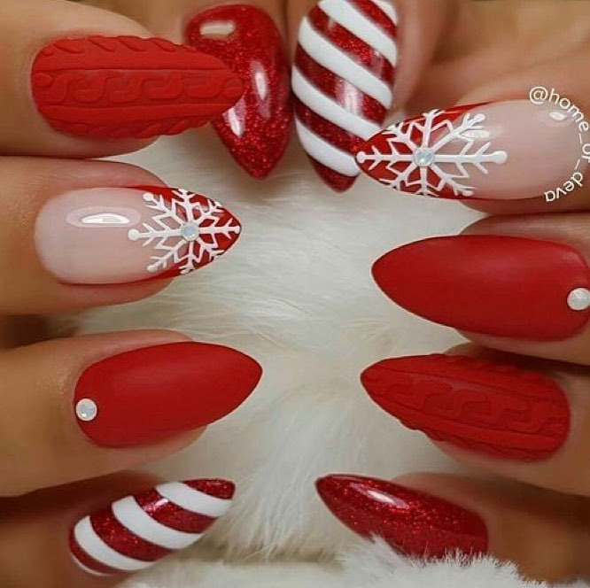 Christmas Nail Designs.The Cutest And Festive Christmas Nail Designs For Celebration