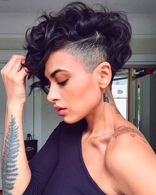 Cutest Curly Pixie Haircuts For Stylish Ladies